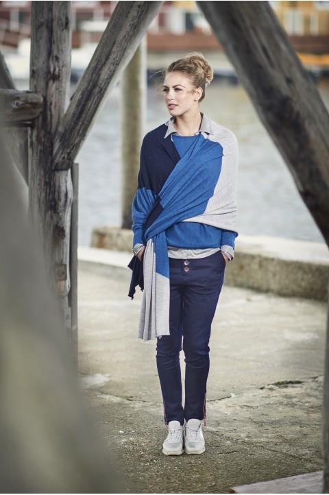 Dark blue/jeans blue/flannel grey